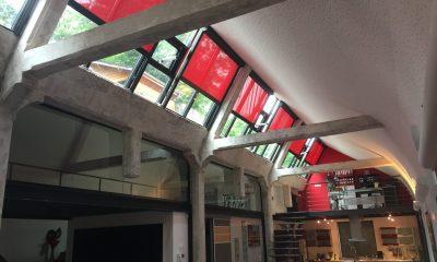 Stores-verticaux-sous-toiture-estrablin